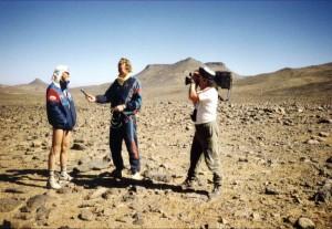 """Du Hoggar > TV Interview für das britische Fernsehen beim """"Super Marathon du Hoggar"""" im Süden Algeriens"""