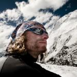 Portrait Norman Bücher vor Himalayagebirge © Christian Frumolt