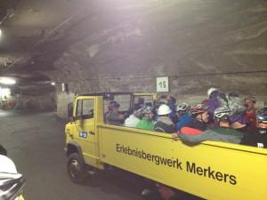 unterirdischer Transport auf dem LKW
