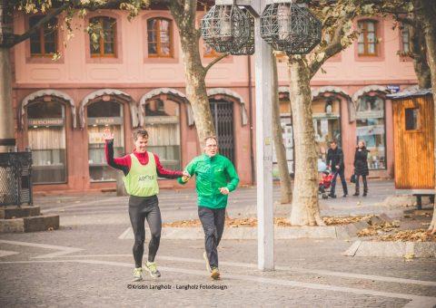 Dieter Baumann und Bernd Dethier im Ziel ©Kristin Langholz