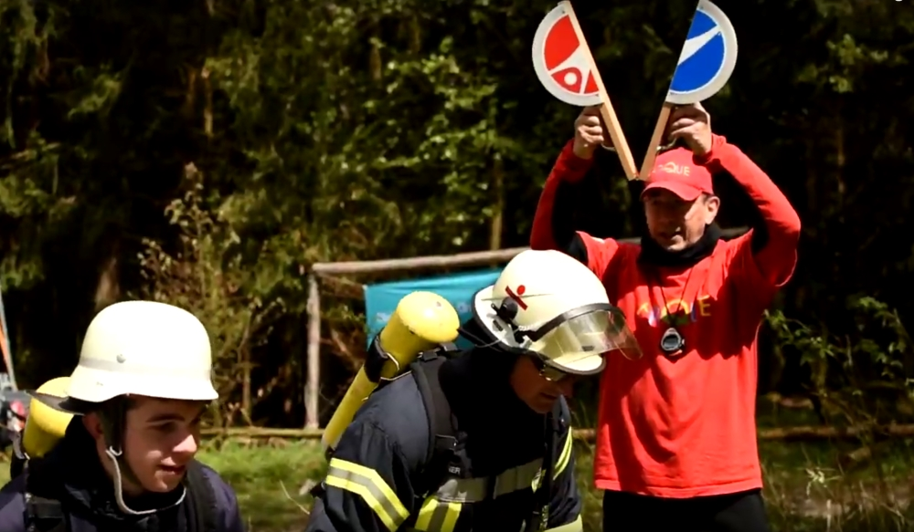 Start mit Feuerwehrleuten am Feldberg (MockUp)
